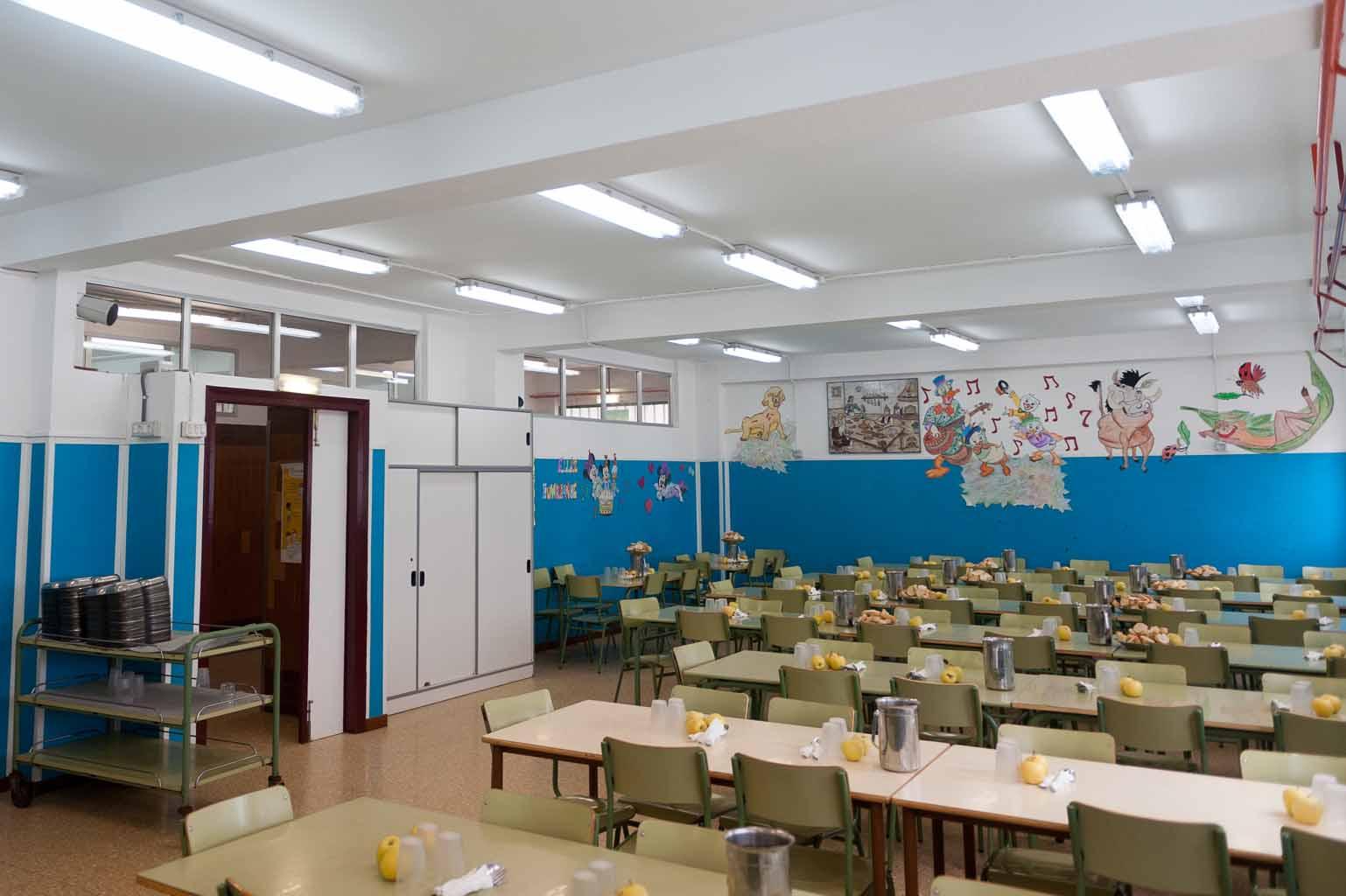 La Almozara cede 9.000 euros de su presupuesto para becas de comedor ...