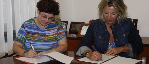 Firma Convenio asesoria juridica Mayores Zaragoza