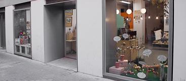 locales creativos en la calle San Agustín