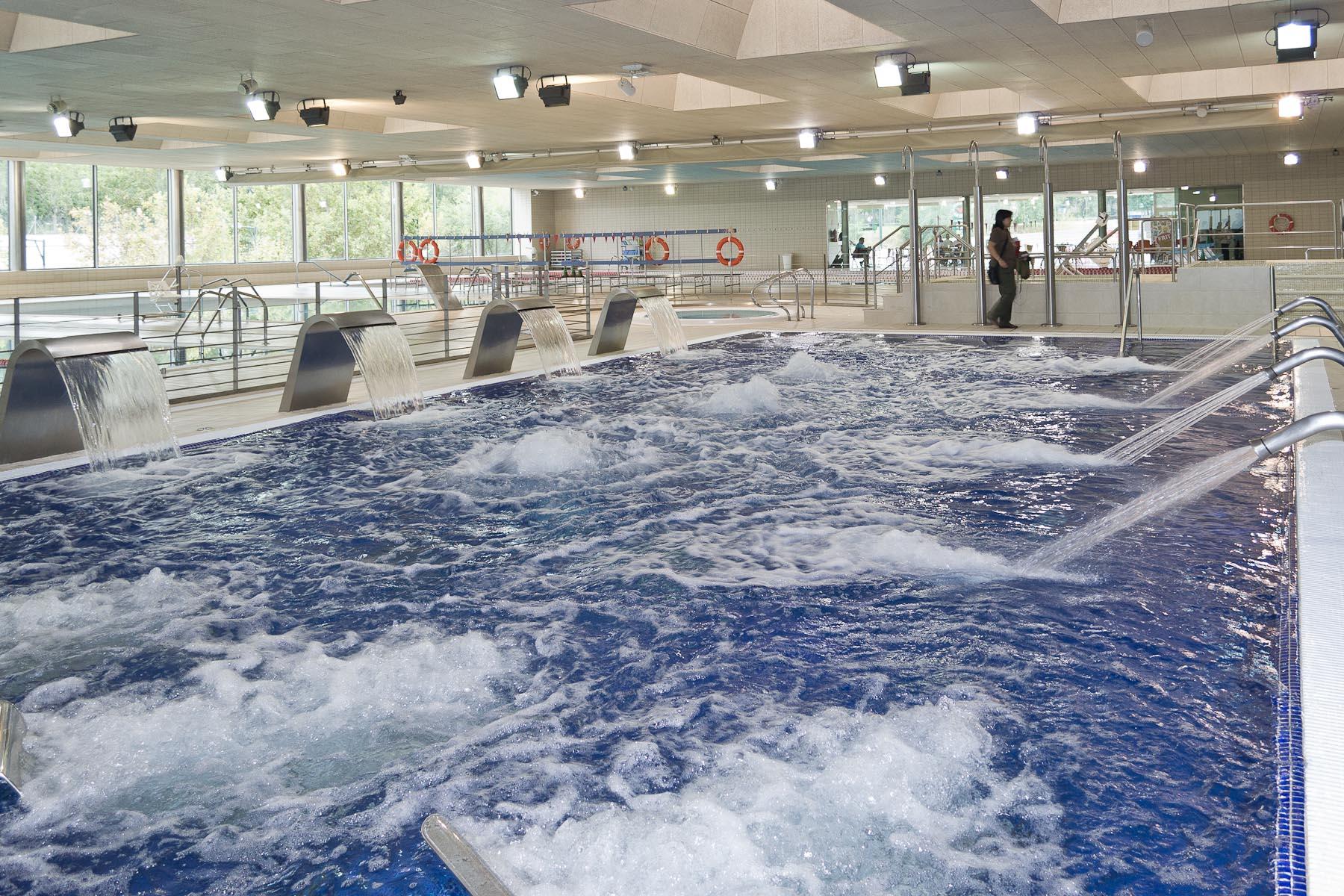 Abierto el balneario urbano del cdm jos garc s totalmente for Pepe garces tarifas piscina