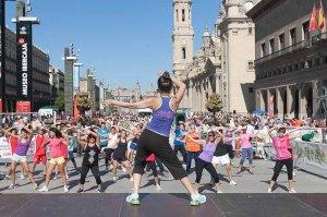 "Zumba de ""Deporte en la calle 2012"" en la Plaza del Pilar de Zaragoza"